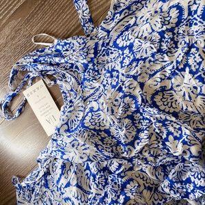 Dresses & Skirts - Maxi dress blue print size small